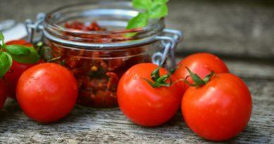 Томаты и помидоры