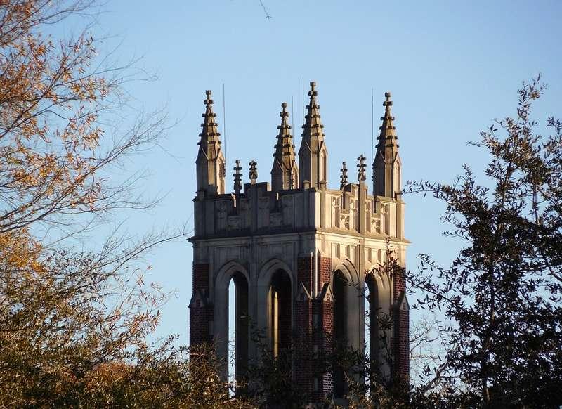 Башня готической церкви