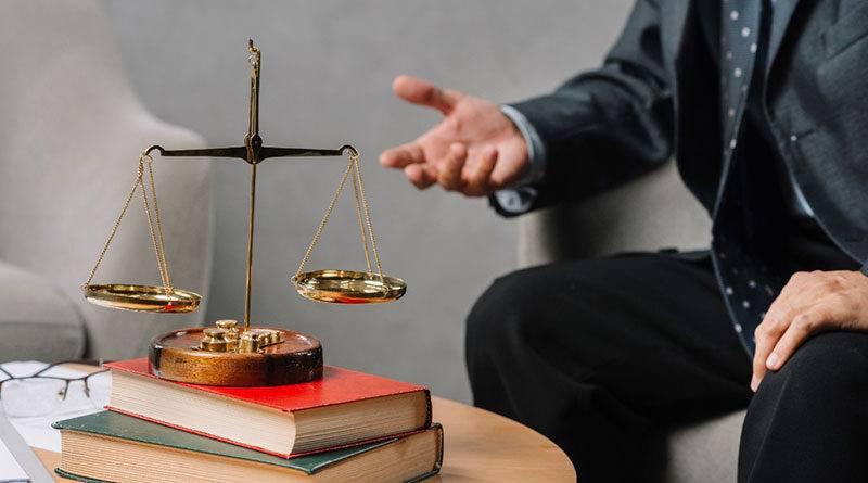 В чем разница между юристом и адвокатом